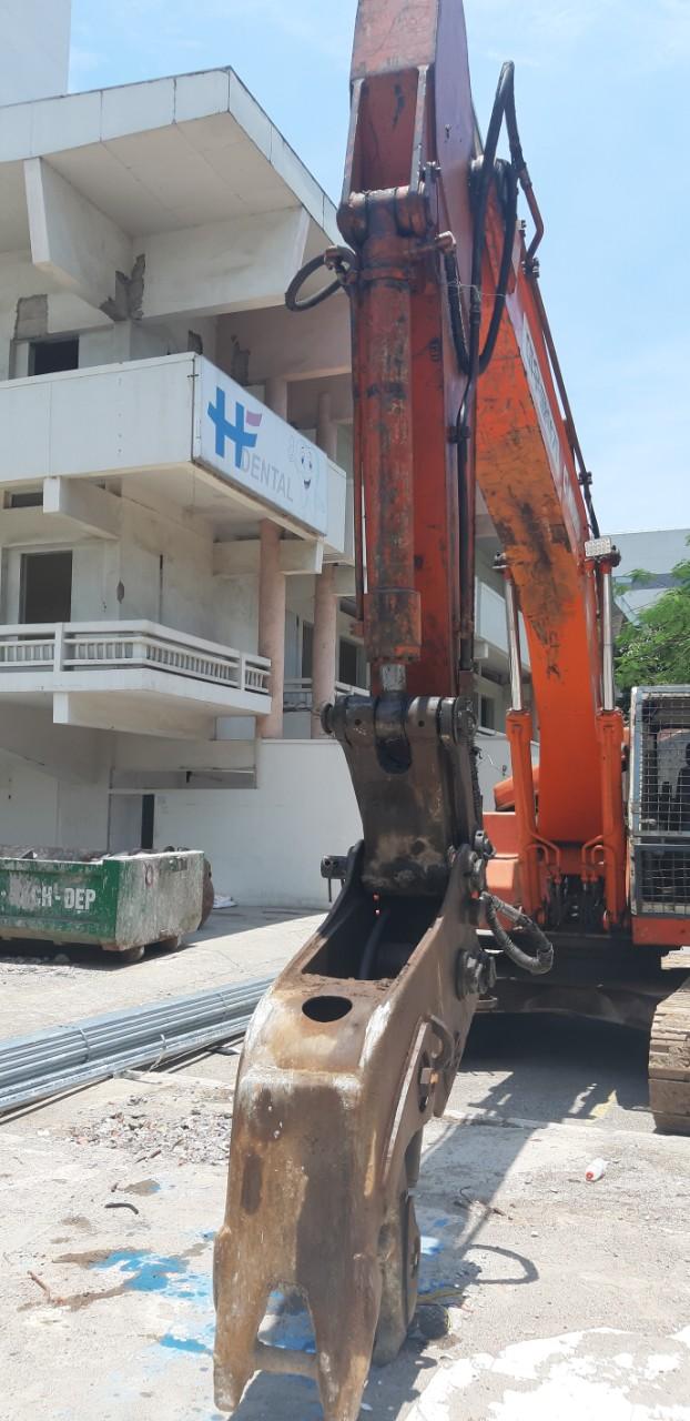 Phá dỡ bệnh viện Viện Pháp – số 1 Phương Mai